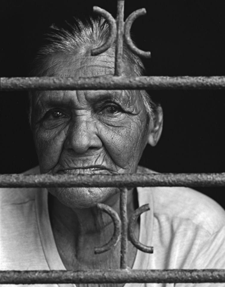 Ana, 79