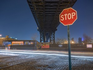 Lee_Backer_Under_the_Manhattan_Bridge--300ppi